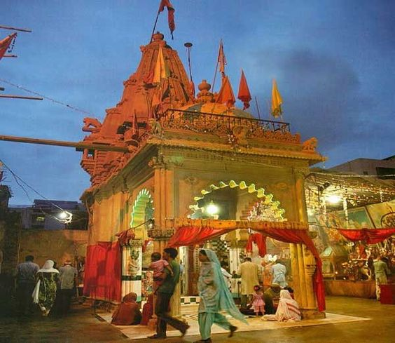 temple in pakistan
